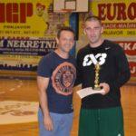 23 Najbolji trojka+í i MVP turnira ++eljko Palavra